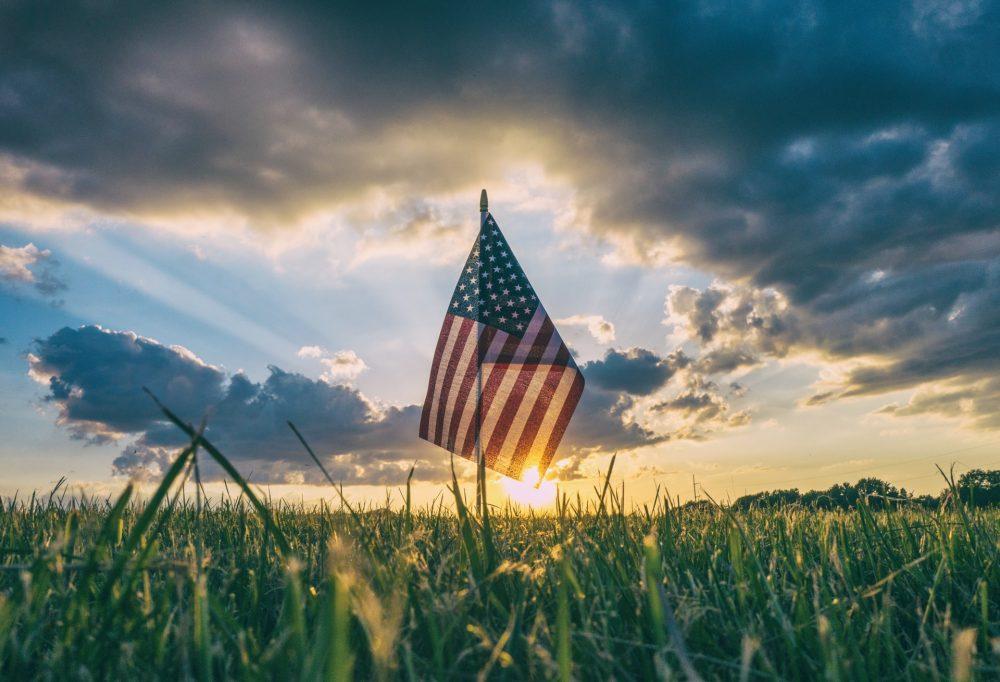 why i honor the american flag essay